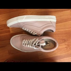 Brand new leather Old Skool Vans pink. Size 8.